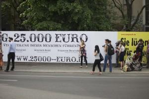 Fahndungsplakat der Kampagne 25000-euro.de in Berlin